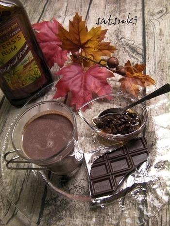 ラミーでお馴染み、チョコレートとラムレーズンのホットチョコレート。アルコール控えめなのでライトに楽しめます。