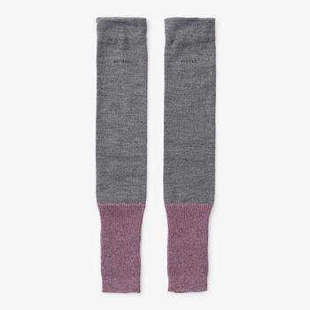 商品名の「脛巾(はばき)」とは、外出の際、足のすねを保護し、動きやすくするためにつける服装品のこと。SOU・SOUが現代風にアレンジしました。