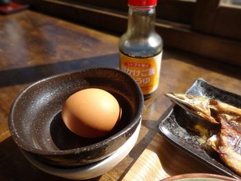 こだわり卵の卵かけごはんは、ぜひ店員さんに食べ方を聞いてみて。美味しい卵かけごはんの作り方を伝授してくれますよ♪