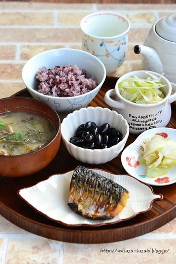 和食の基本は一汁三菜。米を主食にして、主