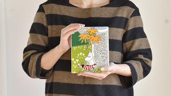 妻として、母として、完璧に見えるムーミンママにも、自分だけの楽しい秘密があるのだとか。ふらりとお散歩に出かけて、お花を摘んだり、壁に絵を描いたり・・・と自分ひとりの時間を楽しんでいるようです。