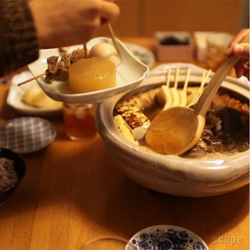 おでんの鍋を囲んでの取り皿にちょうどよく、おでんの具が2つ、3つ取入るくらいの大きさと深さもあるので、だし汁も取りやすくなっています。