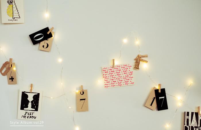 電飾+メッセージカードや写真などを飾ってみては?見た目にも楽しく、遊び心満点のインテリアになります。