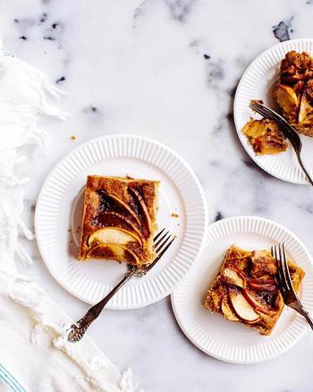 いろんなレシピにりんごを取り入れて、おうちでも甘いスイーツ楽しんで♪ あ、シナモンもたっぷり使うことをお忘れなくっ。