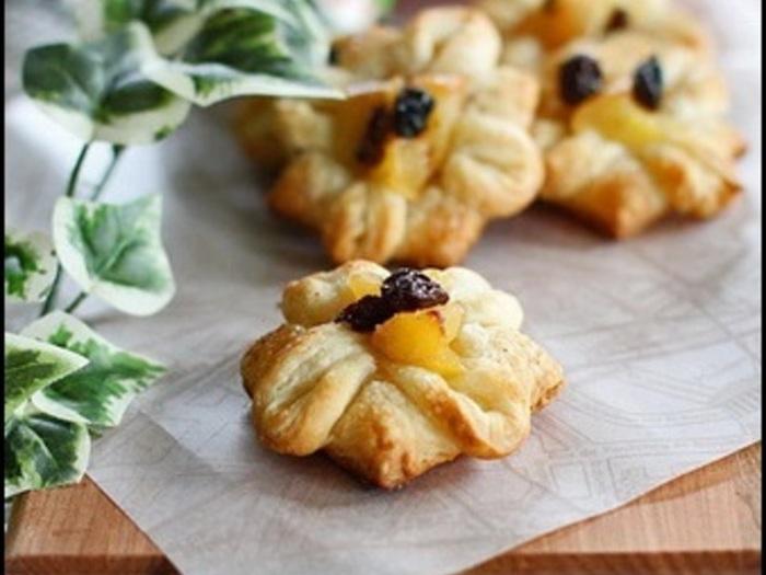 定番アップルパイを一口サイズに!食べやすくって可愛いから、おもたせにもぴったりですね。