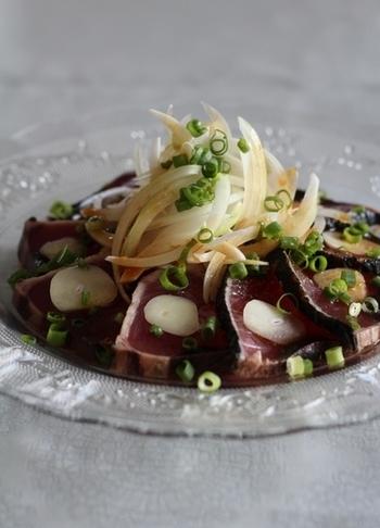 ニンニク&生姜を豪快に散りばめれば、さっぱり美味しいスタミナメニューの完成です!