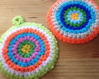 シンプルな形であれば、編み図はエコたわしなどを真似して、意外とスイスイ作れちゃいます。