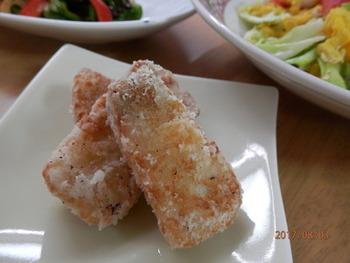 ブリは揚げても美味しんですよ。ブリの切り身は肉厚なので、食感もまるでお肉のようでとっても美味しい!生姜をたっぷり効かせて作ってみてくださいね。
