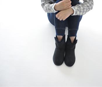 ブーツの中でも、特に冬らしさを感じるムートンブーツ。試してみたい色やコーディネートは見つかりましたでしょうか?残りの冬も、ムートンブーツの力を借りて、あったかオシャレに過ごしましょう♪