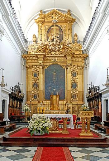バロック様式の美しい教会はショパンを抜きにしても一見の価値ありです。