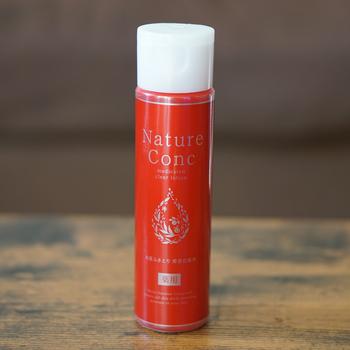 洗顔後にコットンに含ませて使う拭き取り化粧水です。毛穴の汚れや古い角質、余分な脂などを落としてくれる効果があります。さっぱりとした使い心地◎