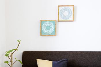 シンプルなお部屋の壁に飾れば、ほっこりとした印象のお部屋にセンスアップできますよ。約21.7×21.7cmと小さめのサイズで、取り外しも簡単。お部屋の空いたスペースに飾ってみるのはいかがでしょうか?
