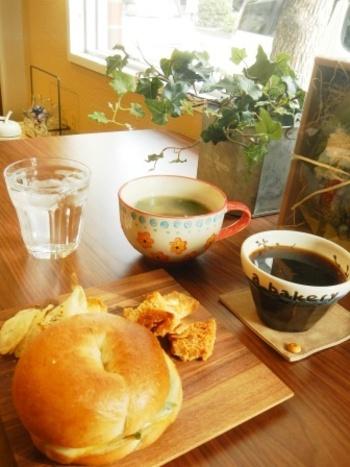 気になるパン屋さんはありましたか?どこもパン好きに愛される、こだわりのパンを提供するお店です。買い物や観光で神戸に訪れた際は、ひと休みもかねて立ち寄ってみてくださいね。