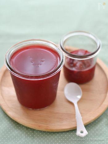 一方、ギモーヴは、メレンゲを使わずに果物のピューレとゼラチンを使用して作ります。