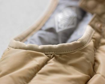 とても軽いのに、羽織るだけで温かなアウターは、寒い日もへっちゃらアイテム♪着心地がよく温かく着られると、気持ちまで軽やかにしてくれそうですね。