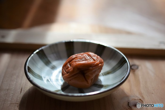 日本酒とかつお節などのうま味、梅干しの塩気と酸味。醤油とはまた違った、素材の味を引き立ててくれる味わいが今注目されている所以かもしれません。