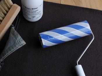 粘着テープが、おしゃれなボーダーデザインになっているこちらのコロコロ。