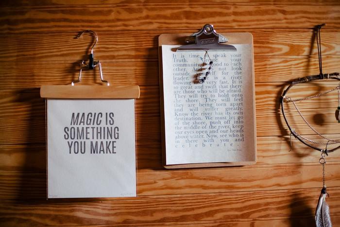 """ピンチをチャンスに、気持ちに素直に。ハッピーさんがいつも唱えている、""""魔法の言葉""""7選"""