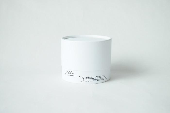 しっかりとした作りで、小物入れとしても使って欲しい、という気持ちも込めてデザインされています。