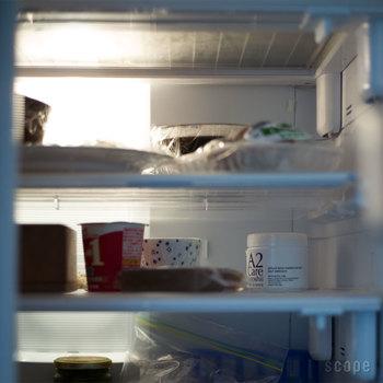 臭いが気になると言えば冷蔵庫。無臭で臭いを消してくれるから、冷蔵庫の中に置いても大丈夫です。