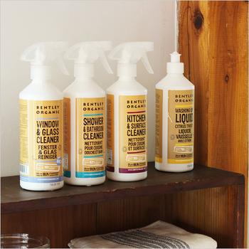 オーガニック洗剤でありながら、99.9%の除菌率で頼もしくお家の清潔を保ってくれます。食器やお風呂場など、用途に合わせて選んで。