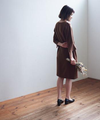 せっかくのバレンタインデー、チョコレートを意識したファッションに身を包んで、スイートな一日をお過ごしください♪