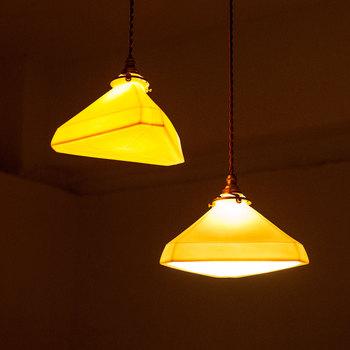 展示品は購入や、一部出展者へはオーダーすることもできます。空間内に飾られている照明や家具もほぼすべて購入可能。「トモダチノ家」に訪れたら、素敵な出合いがあるかも!