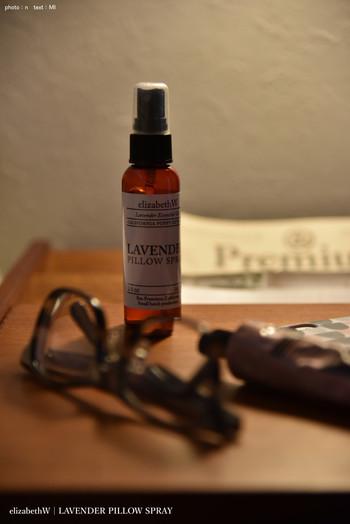 """""""ピローミスト""""を使えば、手軽に香りが楽しめますよ♪香りで嗅覚から直接脳へ働きかけて、質のいい安眠づくりを始めてみませんか?"""