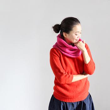 そんな季節の変わり目には、明るい色や軽やかな素材を取り入れることで、コーディネートも新鮮な印象になります。 これから新しい洋服の買い足しを検討されている方は、「春まで使える」を基準にぜひ選んでみてくださいね。