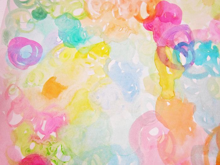 透明感のある表現ができる水彩画。乾いてから色を重ねると、にじむことなく下の色が透けてきれいな重なりが表現できます。様々なモチーフや色を思うがままに重ねるだけでも楽しい絵が出来上がります。