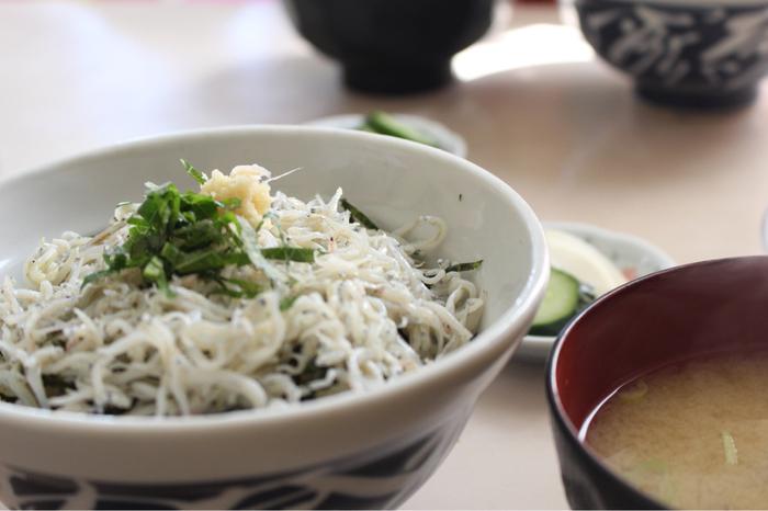 人気メニューはシラス丼。江の島の名物グルメです。