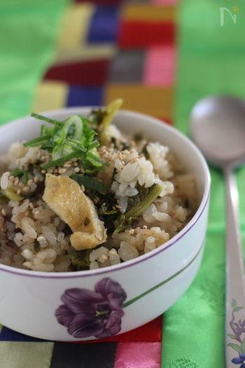 炊き込みご飯にあわせるのも◎ きのこや根菜類とはひと味違う食感を楽しむことができて、緑色もアクセントになりますね♪こちらのレシピでは魚醤を加えるのがポイントだそう!