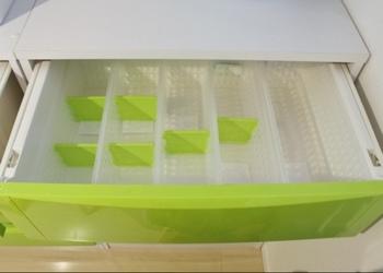 洗濯中のものがあって引き出しの中にスペースができるときも、仕切りを活用すれば倒れずに収納できますよ。ブックエンドで代用もできます。
