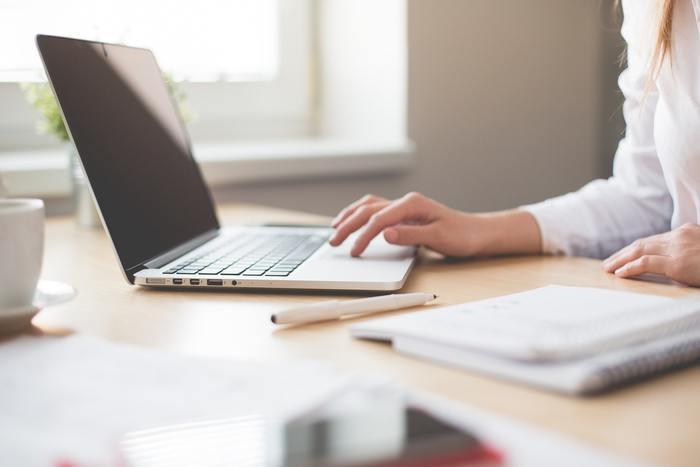 目指す額と仕事にあてられる時間、自分のスキルを考慮して、今の自分にあったお仕事を見つけるのが在宅ワークを選ぶポイントです。では、具体的にどんなお仕事があるのか見ていきましょう。
