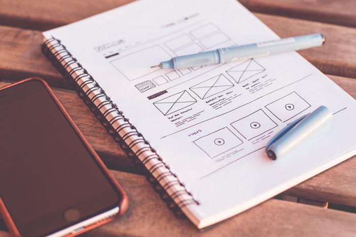 WEBサイトや広告のデザイン制作、システム開発のお仕事も在宅でできるものがあります。単価の良い案件も多く、経験がある人や、専門スキルを活かしたい人にはおすすめです。 いつかこんなサイトを自分で作ってみたい!と、デザインやプログラミングの勉強を始める人は多いようですよ♪