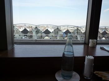 最上階の11階には眺めの良いレストラン「かぼちゃわいん」があり、千葉の町並みを望みながらゆったりとランチを楽しめます。