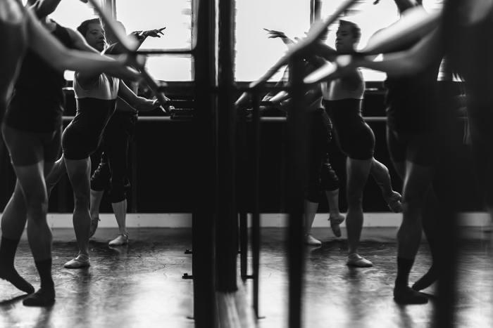 最近だとジャクソン国際コンクールで金賞をとった加瀬しおりさんが、先日英国イングリッシュナショナルバレエ団のプリンシパル(※)に昇格したと言うニュースが話題になりましたよね。 今回はバレエの本場、ヨーロッパのバレエ団についてご紹介します。是非チェックしていただきたいバレエ映画情報も注目です。 (※)バレエ団で主役を踊るトップダンサーのこと。