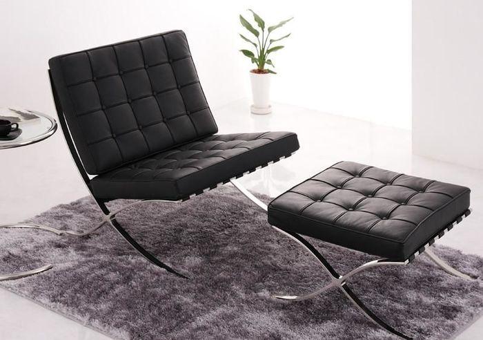 建築界の巨匠ミース・ファン・デル・ローエがバルセロナ万博の為にデザインした椅子のリプロダクト。モダンデザインの傑作として歴史に残る一品。