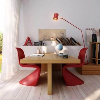 未来的な形・色彩がひかる建築家ヴァーナー・パントン。形の面白さがインテリアにアクセントを与えてくれる「パントンチェア」が人気です。こちらはvitra社の正規ライセンス品。