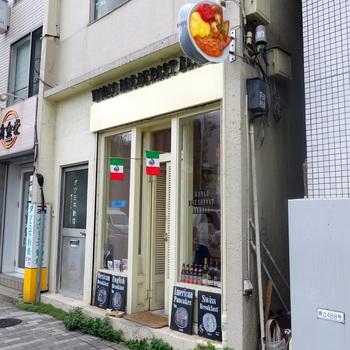 東京メトロ外苑前駅から徒歩5分ほどの距離にあるこちらのお店。世界の朝食を楽しめるお店として有名で、二か月ごとにテーマとなる国が変わります。