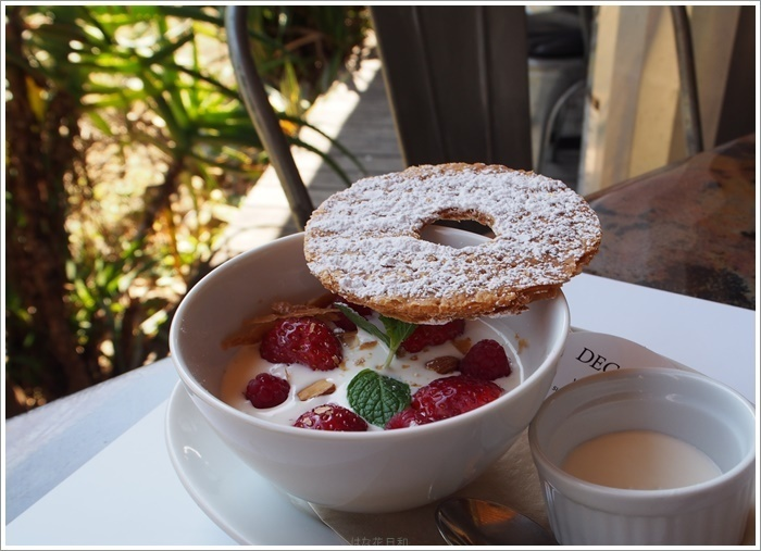 パンケーキが人気のこちらのカフェ。スイーツも充実しています。甘いものでほっと一息、癒される時間です。