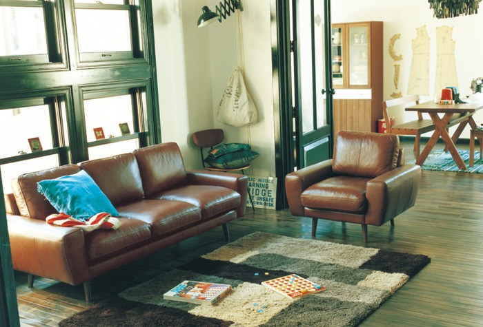 居心地の良いくつろぎスペースとしても、お洒落なインテリアアイテムとしても注目のパーソナルソファー。形や色、便利な機能など、ライフスタイルに合わせたベストなソファーを選ぶためのコツを見ていきましょう。