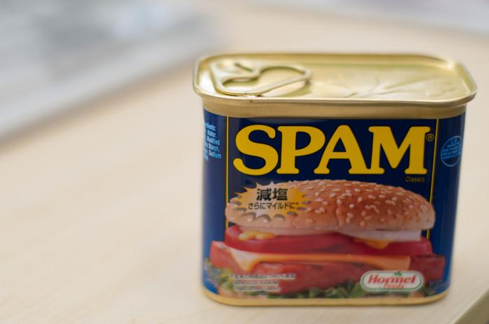 「よく見かけるけれど、食べ方がわからない...」なんて思っている方も多いのでは。沖縄の定番「SPAM」の缶詰ですが、正式名称は「ランチョンミート」といって、缶を開ければすぐに使える万能食材なんです♪毎日の献立に使える機会はたくさんありますので、まずはおかず一品からランチョンミートレシピに挑戦してみましょう。
