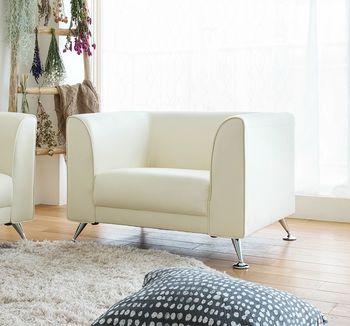 背面と左右をコの字型に囲むボックスタイプのソファーは、カフェなどにもよく置かれているタイプ。応接スペースやホテルのロビーにもよく見られ、ゆったりくつろげるとともに、人と語らう場にも向いているソファーです。