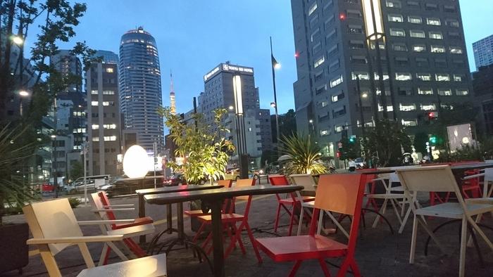 Good Morning Cafe&Grillには、テラス席も設けられています。開放的な空間の中で、ビルの隙間から東京タワーを見ることができますよ。コース料理が充実しているので、女子会や歓送迎会などにぴったり。おしゃれな雰囲気の中で友達や同僚と食事を楽しみたいときに、訪れたいカフェです。