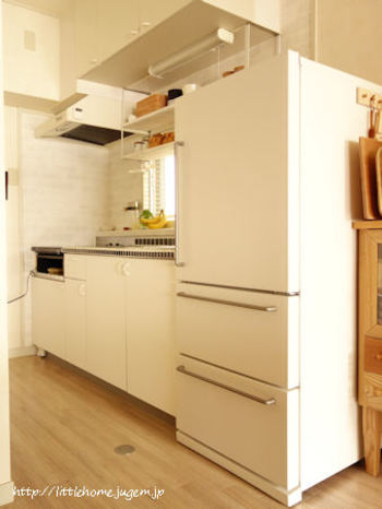 冷蔵庫が使いやすくなれば、冷蔵庫を開けて材料を見て、いろいろなメニューのアイデアが浮かぶようにもなります。食材を美味しいうちに使いきれますし、良いことづくめ。固定概念にとらわれず、冷蔵庫の収納を楽しみましょう♪