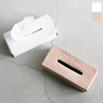 irose(イロセ)より、薄くて軽いまるで紙のような質感のレザーを使用したペーパーティッシュボックスケースが届きました。