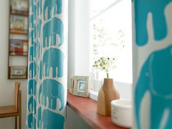いかがでしたか?カーテン次第で随分とお部屋の印象が違ってきます。カーテンの種類は本当に豊富なので迷ってしまいがちですが、色の組み合わせやお部屋の雰囲気を考慮して、お部屋にぴったり合ったカーテンを選びたいものですね。
