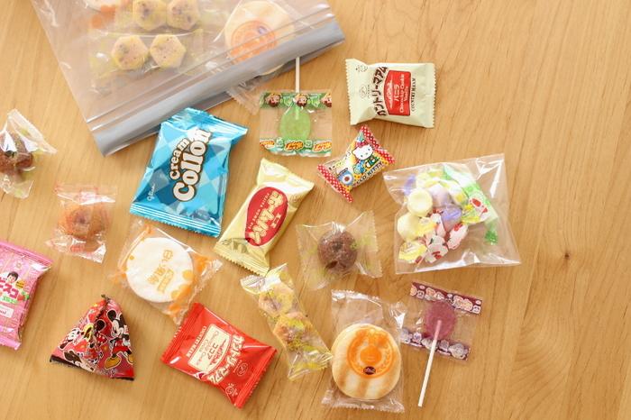 子どものころ、遠足のお菓子はいくらまで!と決められたことはありませんか?少ない金額の中で、どのお菓子を買おうか悩んだ方も少なくないはず…!