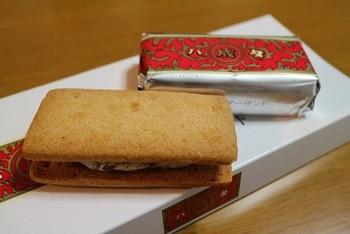 マルセイバターサンドなどが有名な、北海道の定番土産「六花亭」。こちらにもとってもキュートなお菓子の缶がありますよ♪